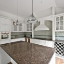 Klasikiniai virtuvės baldai